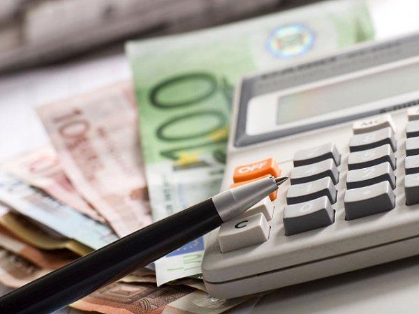 Ученые: Супруги начали чаще лгать друг другу из-за денег