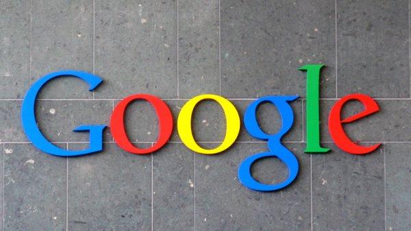 За последние 12 месяцев в Google фото было загружено 24 миллиарда селфи