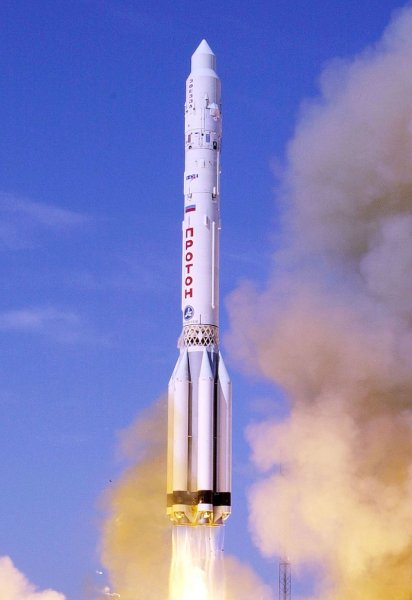 Российская ракета-носитель «Протон-М» выведет на орбиту американский спутник связи