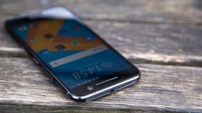 В РФ стартуют продажи нового HTC 10