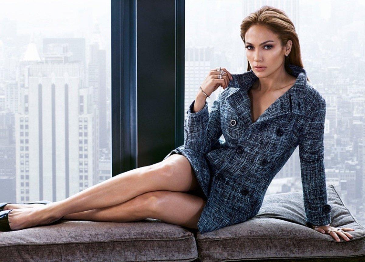 Дженифер лопас занимается сексом у себя дома