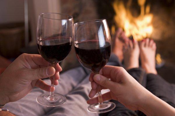 Ученые посчитали, сколько алкоголя нужно человеку для ощущения счастья