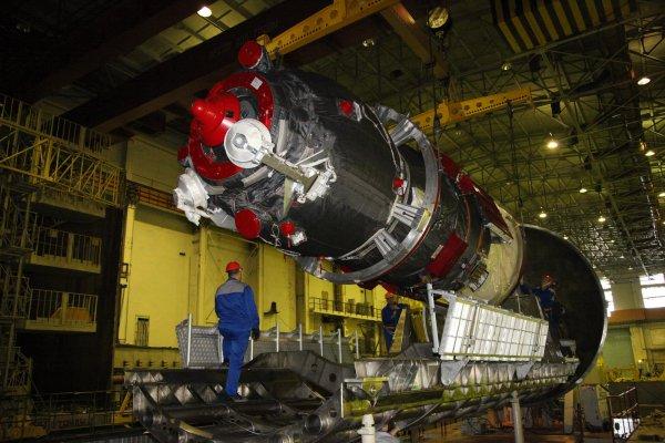 Запуск модернизированного «Союза» на МКС перенесли из-за технического сбоя