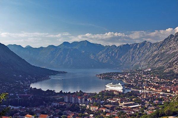 В Черногории собираются построить корабль на солнечных батареях