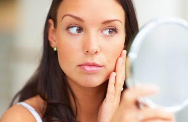 Ученые: Эмоции влияют на состояние кожи