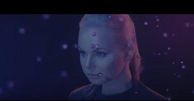 Экс-вокалистка «Ленинграда» Алиса Вокс перемонтировала клип после критики поклонников