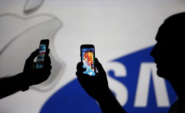 В США патентная война между Apple и Samsung набирает обороты