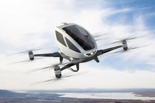 В США приступили к летным тестам первого в мире пассажирского дрона
