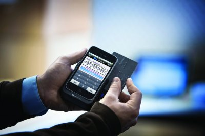 В России упростили платежи через мобильные телефоны