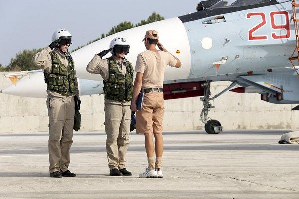 Работающие в Сирии военные РФ получили статус ветеранов боевых действий