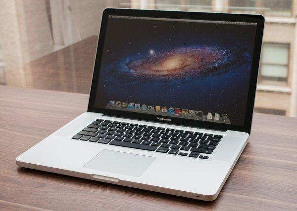Apple прекращает всемирные продажи MacBook Pro без Retina-дисплея