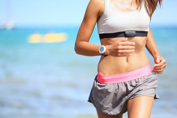 Ученые: Фитнес-гаджеты недооценивают усилия человека