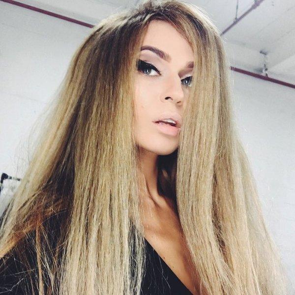Алена Водонаева стала блондинкой