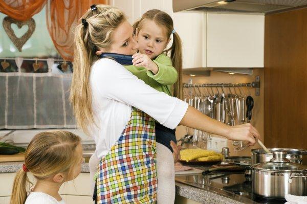 Ученые: Дети одиноких матерей неплохо приспособлены к жизни
