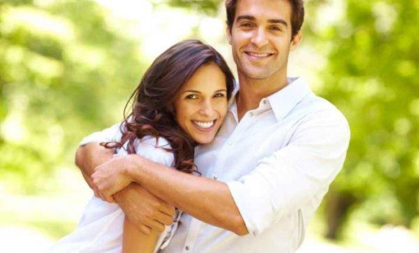 Ученые: Женщин больше притягивают женатые мужчины