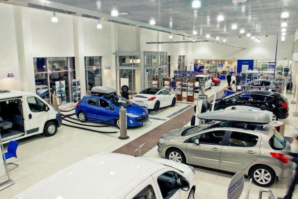 В июне продажи новых авто в России сократились на 9%