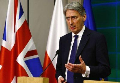 Британия призвала ЕС не смягчать санкции против России