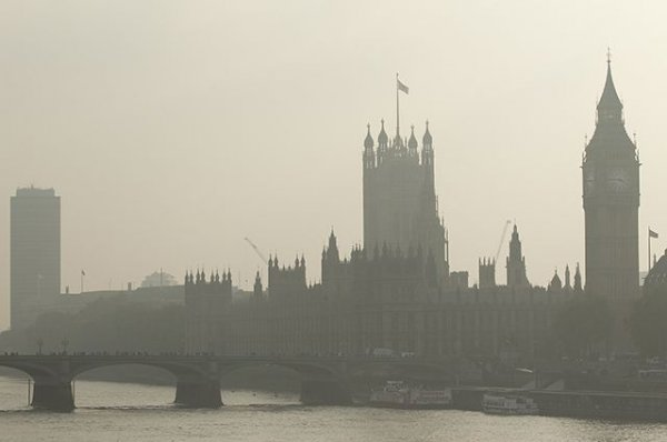 Великий лондонский смог 1952 года до сих пор имеет влияние на людей