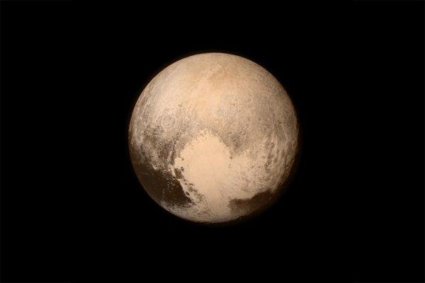 NASA: Плутон является поразительной планетой
