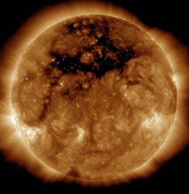 """На Солнце ученые рассмотрели """"раздраженное лицо"""""""
