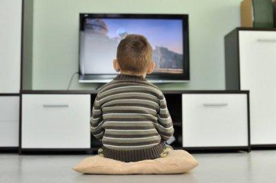Кости детей, которые много времени проводят перед телевизором, более уязвимы
