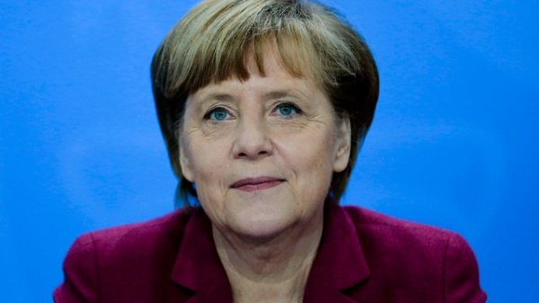 Меркель обещала обеспечить безопасность граждан после теракта в Мюнхене
