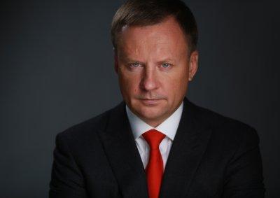 Депутата Госдумы Дениса Вороненкова требуют лишить ученой степени