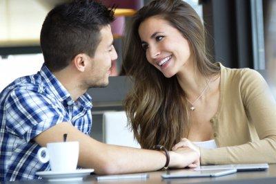 Ученые: Механизмы по управлению стрессом влияют на дружеские отношения