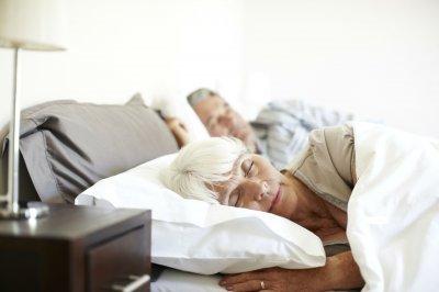 Ученые: Колыбельные нужны младенцам и пожилым людям