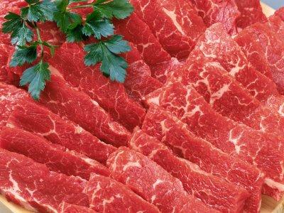 Ученые: Красное мясо вредит людям с болезнями почек