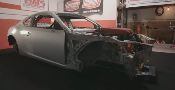 Тюнеры пересадили мотор от Ferrari 458 на Toyota 86
