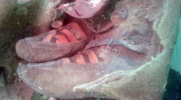 Ученые приступили к изучению 1500-летней мумии женщины в кроссовках, найденной на Алтае