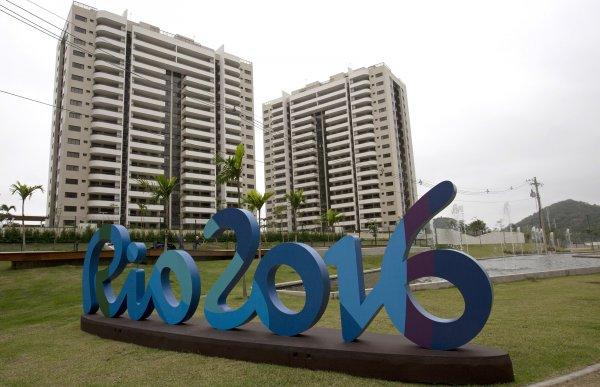 Главу Олимпийской деревни уволили за разгром в жилом комплексе
