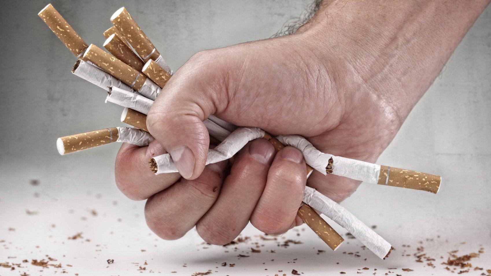 У курильщиков член меньше