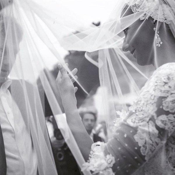 Татьяна Навка опубликовала прекрасную фотографию в честь годовщины свадьбы