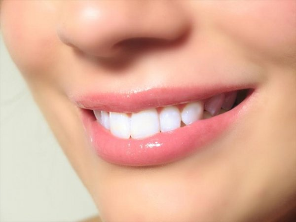 Ученые: Инфекция зубов может вызвать болезни сердца