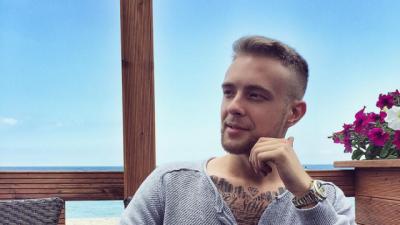 Певец Егор Крид показал фото своей девушки в социальных сетях
