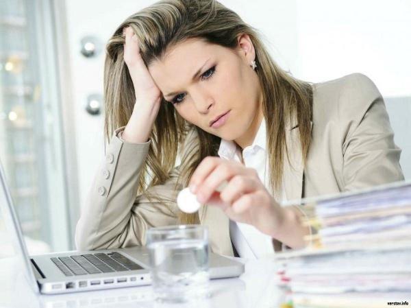 Ученые выяснили, что женщины устойчивее мужчин к стрессу на работе