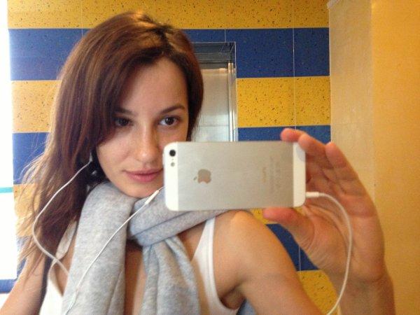 Блогерша Лена Миро рассказала о любовницах Путина и Жириновского