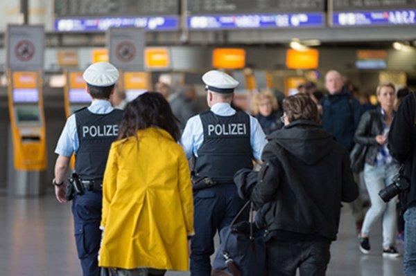 Полиция Лиссабона задержала в аэропорту пассажира с 17 кг таблеток экстази