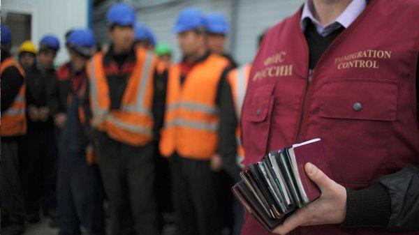 Налоговые поступления от мигрантов в бюджете Москвы обогнали нефтяные