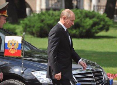 На улицах Волгограда наводят порядок к приезду Путина