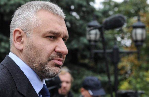 Адвокату Фейгину временно запретили выезд из России