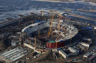 Власти Петербурга объявили о необходимости вложить в «Зенит-арену» еще миллиарды рублей