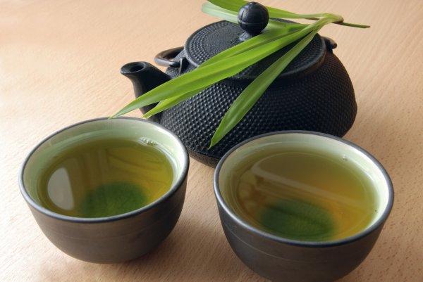 Ученые: Зеленый чай предотвращает развитие аневризмы брюшной аорты