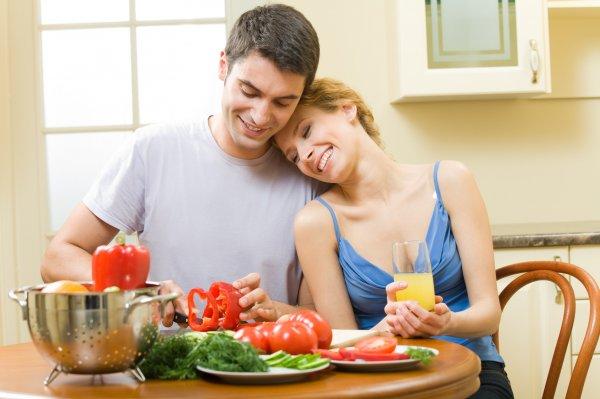 Ученые: Мужчины, употребляющие салат, имеют привлекательный запах для женщин