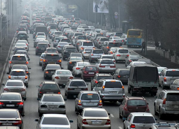 Ученые: Дорожные пробки опасны для здоровья