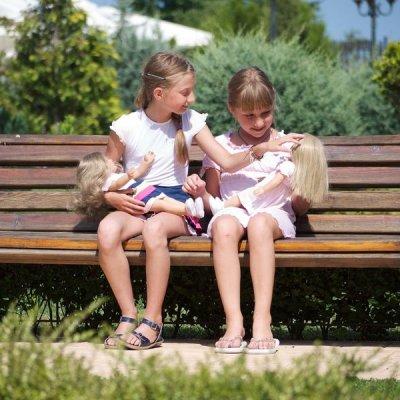 Воспитание куклы с поведением ребенка не всем подросткам под силу