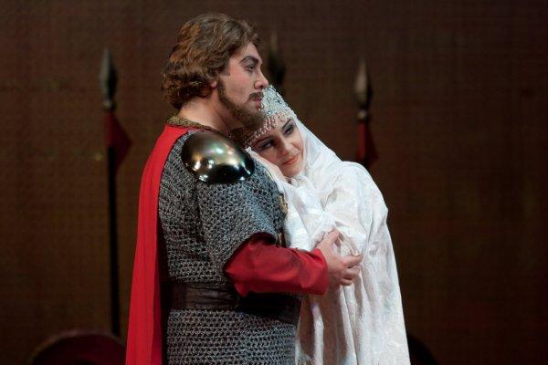 Ростовский музтеатр покажет зрителям Китая оперу «Князь Игорь»