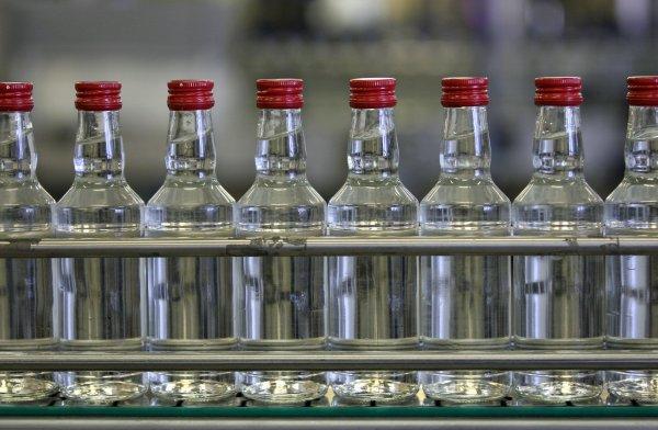 Минфин предложил увеличть минимальную стомость водки